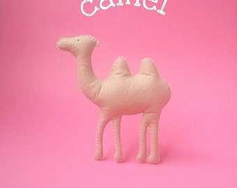Felt camel toy Safari animal ornament Stuffed camel Baby toy Nursery toy Kids toy Children plush toy Camel brooch Camel magnet