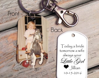 FATHER of the BRIDE GIFT - Father of the bride,  gift from bride to Dad -  Father of the bride keychain - Father of the bride gift idea