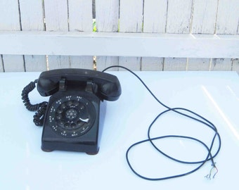 Vintage Black Rotary Telephone From The 60's, Bell System Made By Western Electric USA Made