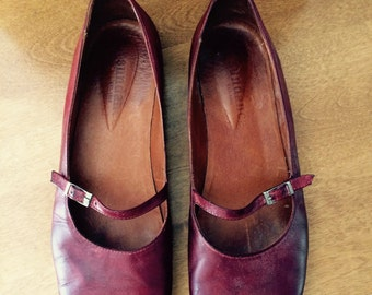 Vintage brick red all leather Mary Janes