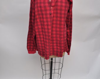 vintage tshirt EDDIE BAUER long sleeve t-shirt oversized boyfriend fit DISTRESSED henley 1980s extra large cotton plaid