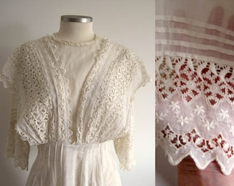 1900s Edwardian Dress /  Edwardian Tea Dress / FIne Lawn Fabric / Schifli Lace / XSmall