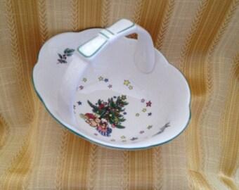 Nikko Christmas Tree Porcelain Basket, Happy Holidays handled Basket, Christmas Basket, Holiday ceramic Basket
