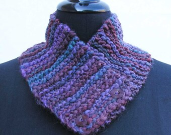 Purple scarf, lilac neck warmer, lavender neck warmer, chunky buttoned scarf, knitted cowl, neck wrap, purple neckwarmer, lilac neckwarmer