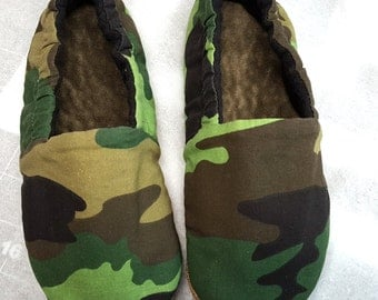 Camouflage Baby shoes,camo baby boy,Fleece Slipper, Soft Sole Shoe,crib shoes,babie booties,Camouflage