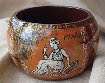 "Handpainted Wooden Bangle Bracelet  ""Greek Myths"" - Brown, Gold, White Antient Heroes, Деревянный браслет с росписью ""Мифы Древней Греции"""