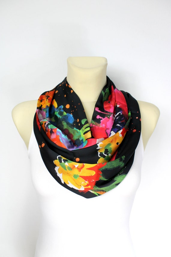 Gift for Mom Grandma Boho Infinity Scarf Floral Silk Scarf Womens Silk Infinity Scarf Mothers Day from Daughter Husband Spring Celebrations