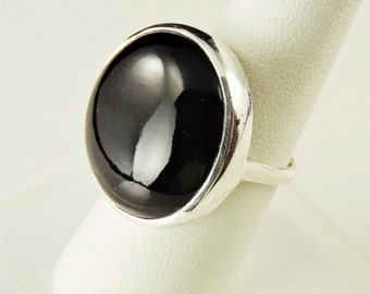 Size 8 Sterling Silver And Black Onyx Ring