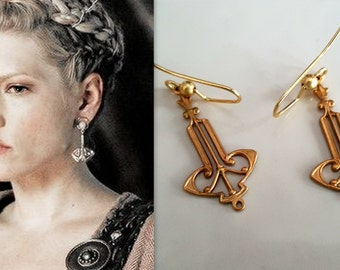 Lagertha Katheryn Winnick Hammer Earrings Gold Tone VIKINGS Lagertha Celtic Renaissance Medieval Fantasy