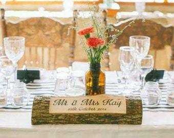 Personalised log - Rustic bridal table sign - Wedding centerpiece