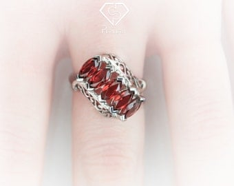 Garnet Ring.Garnet engagement ring.Garnet solitaire ring. Garnet eternity ring. Gemstone ring. January birthstone ring. Garnet silver ring.