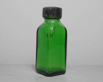 Green Glass Bottle with Bakelite Lid/Coloured Glass Bottle/Small Glass Bottle/Apothecary Bottle/Chemist Bottle/Medicine Bottle/Gift for Home
