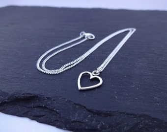 Heart Necklace, Charm Necklace, Silver Plated Chain, Heart Jewellery, Heart Gift, Chain Necklace, Love Necklace, Love Jewellery