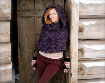 Woodland hooded capelet