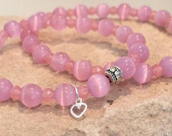 Pink mother-daughter bracelet set, cat's eye glass bead bracelet, Czech glass bracelet, mom daughter bracelet, gift for mom, gift for child