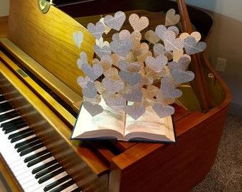 Book lover art paper butterflies book art sculpture book for Art book decoration ideas