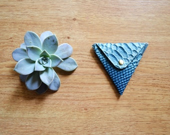 Leather triangle coin purse / Snake pattern / Triangle coin wallet / Leather coin pouch / Change wallet / Genuine leather