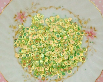 300pc Light Green 6mm Sequins Pierced Round AB Flatback Resin Decoden Embellishment Craft DIY