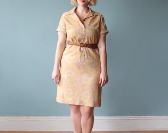 SALE plus size dress / peach yellow floral shirtdress / 1960s / XL