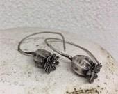 Poppy pod earrings- Sterling silver dangle poppy earring -Poppy pod Jewelry- Nature cast jewelry- Poppy Flower drop earrings