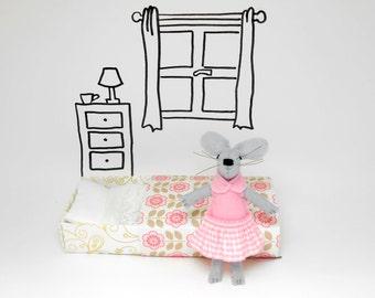 Ballerina mouse,miniature animal, Stuffed wool felt mouse, Stuffed animal, pink felted wool