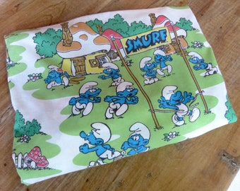 Vintage 1970's Smurf Twin Fitted Bed Sheet // Vintage Fabric // Smurf Village // (A-1)
