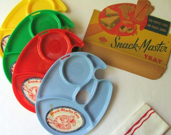 Vintage Snack Master Trays NOS Lunch Plate Picnic Buffet Party Plate Divided One Hand Tray Serving Kitchen Organizer Sorting Painter Palette