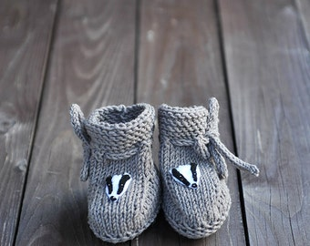 Newborn Baby Girls Boys Knitted wool Socks Baby Stay-On Lace up Booties neutral grey brown felt Badger woodland gift 0-3-6-9-12 months