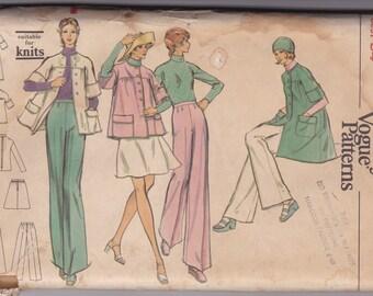 70s Blouse, Skirt & Pants Pattern Vogue 8492 Size 12 Uncut