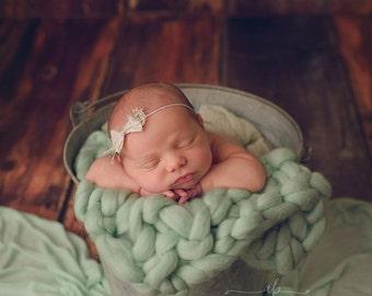 Bow Headband, Ivory Headband, Ivory Bow Headband, Petite Headband, Girl Headband, Newborn Headband, Photography Prop, Photo Props