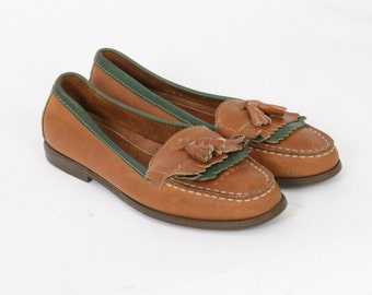 GH Bass & Co Womens 6.5 US 7 Tan Brown Green Leather Golf Tongue Tassel Loafers Flats Boater Boat Vintage Slip On Shoes