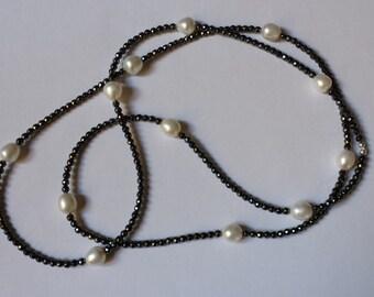 Collana con ematite e perle