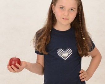 Bio-T-shirt with heart in red