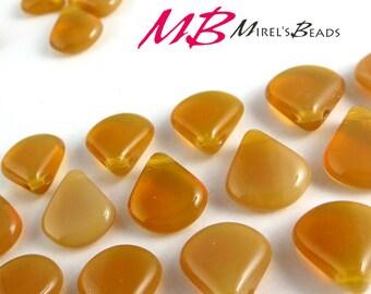 15 pcs Butterscotch Opaline, Brown Czech Glass Beads, 12x11mm Brown Briolette Beads