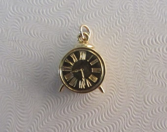 15k Gold Small 3D Clock Charm or Pendant 1.18g