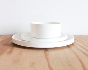 White Massimo Vignelli Heller 3 Piece Dish Set