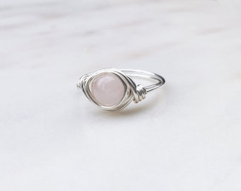 Rose Quartz Gemstone Ring, Wire wrapped ring, Rose quartz ring, Crystal ring, Pink stone ring, Quartz wire ring, Gemstone ring, Pink ring