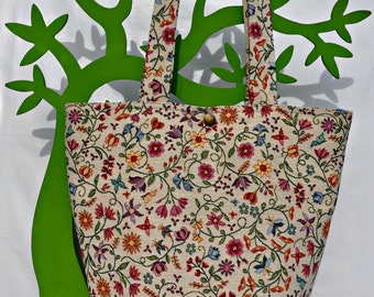 ANTHEA-handmade tapestry bag with floral fabric.