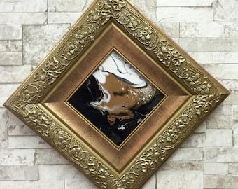 Petite peinture losange, cadre vintage or