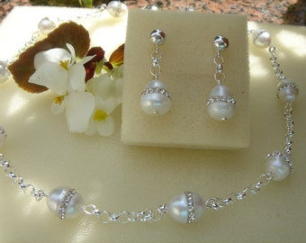 Freshwater pearl earrings with silver, extraordinary Pearl with Crystal