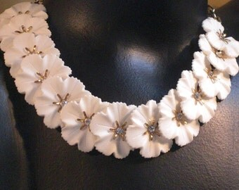 Neck (127) RAS white flowers, celluloid, to 1930-1940's