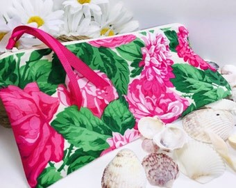 Wet Bag, PUL Lining, Big Pink Flowers Toiletry Bag, Quick Dry Design, Soft-Sided Folding Waterproof Pouch, Reusable Cloth Pad Pouch,