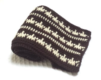 Geometric Stripes Two-Tone Mens Crochet Scarf Pattern