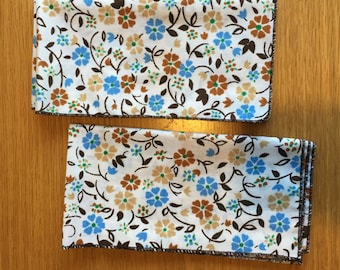 Blue and Brown Flower-pattern Dinner Napkins, Set of 2