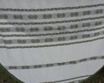 REDUCED - French vintage cotton tablecloth (03395)