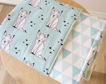 Modern crib blanket. Mint geo fox baby blanket. Modern cot blanket. Crib bedding, baby bedding.