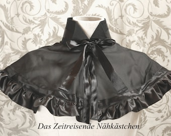 Romantic collar with bow and cape