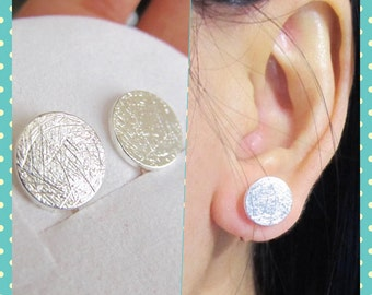 Brushed Silver Large Round Disc Stud Clip On Earrings, C37s, Simple Non pierced earrings, Faux Gauge earring, magnetic earring alternative