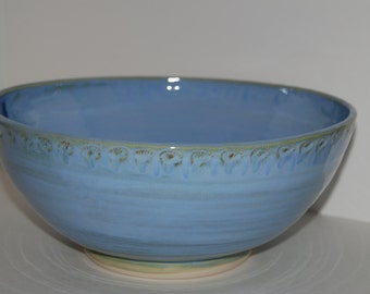 Large bowl. Large pottery bowl. Large ceramic bowl.