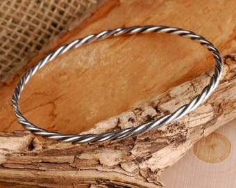 sterling silver twisted wire bangle bracelet